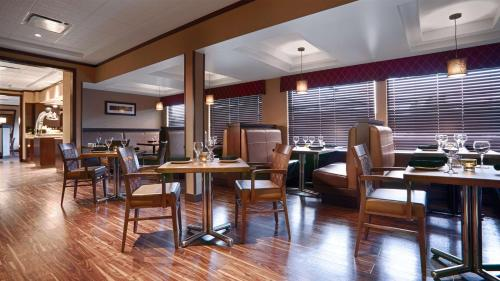 Best Western Premier Denham Inn & Suites