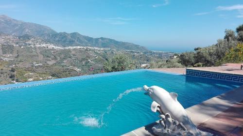 Los 10 mejores hoteles de playa en Frigiliana, España ...
