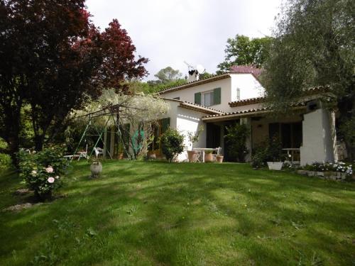 Chez Mme RONCO