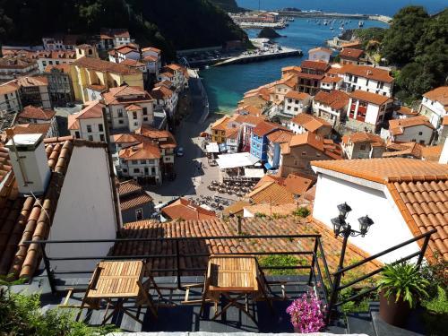 Os 10 Melhores Hotéis Românticos em Cudillero, Espanha ...