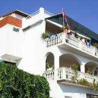 Apartments Suco