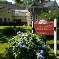 Stone Manor Bed & Breakfast Inn