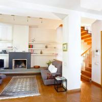 Wehost-Duplex apartment with top landmark views