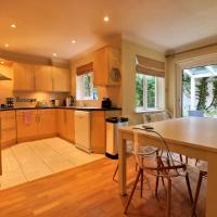 The Centurion - 4 Bed Home