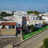 Booking.com: Hoteles en Cala Saona. ¡Reservá tu hotel ahora!