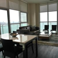 2BR+Den with Panoramic View!