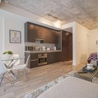 Spectacular 1BR Condo in Hot King West