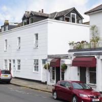 19 Lambolle Place