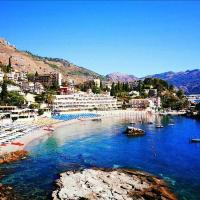 Taormina Beach