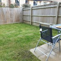 1 double room available in 3 bedroom house