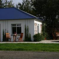 Jaðar House