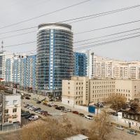 Apartment on Khokhryakova 100
