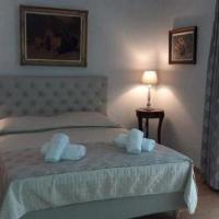 Marion-Athenian Style Apartment