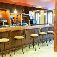 Lodge Queen Hotel 214