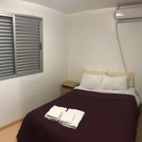 Apartamento de 02 quartos c/ garagem