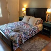 Cozy 3 Bedroom Cottage by Restaurants / Wash U
