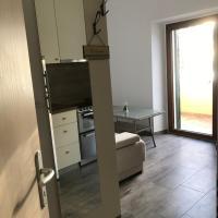2dor Apartments