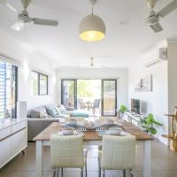 ZEN QUARTERS - The NOMADS PAD Near Nightcliff Markets & Sunset Foreshore