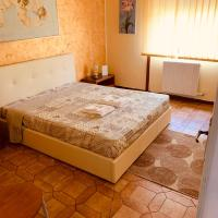 Lombardi's room