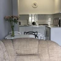 Sunny Apartment Ortachala