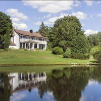 The Manor at Farm Road Estate