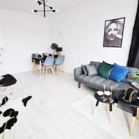 M11 Outstanding Apartment with Balcony