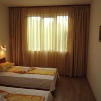 Nicol Apartment in Hermes Complex