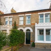 Homely Luxury in a Character 4-bed House