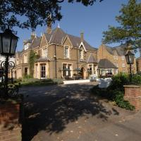 Cotswold Lodge Classic Hotel